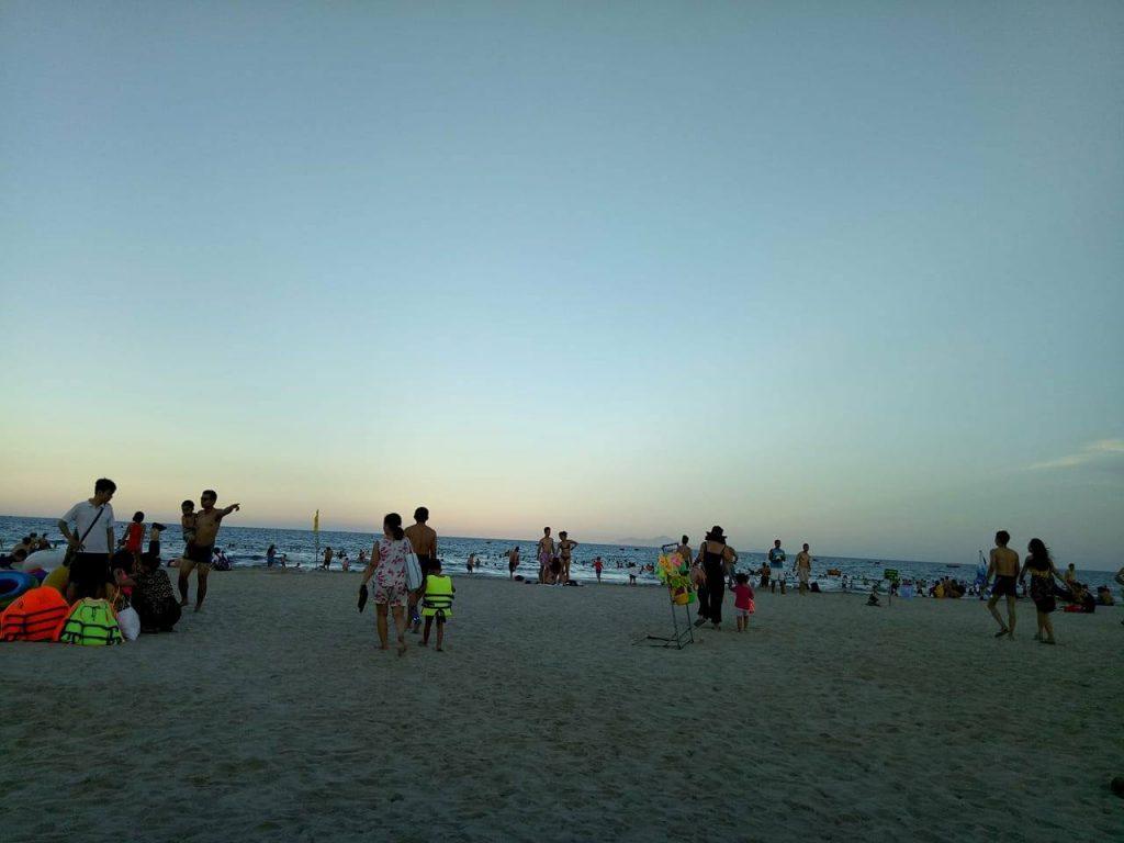Bãi Biển Mỹ Khê Đà Nẵng rất đẹp