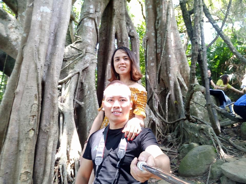 Kỷ niệm bên cây đa nghìn năm - Sơn Trà Đà Nẵng