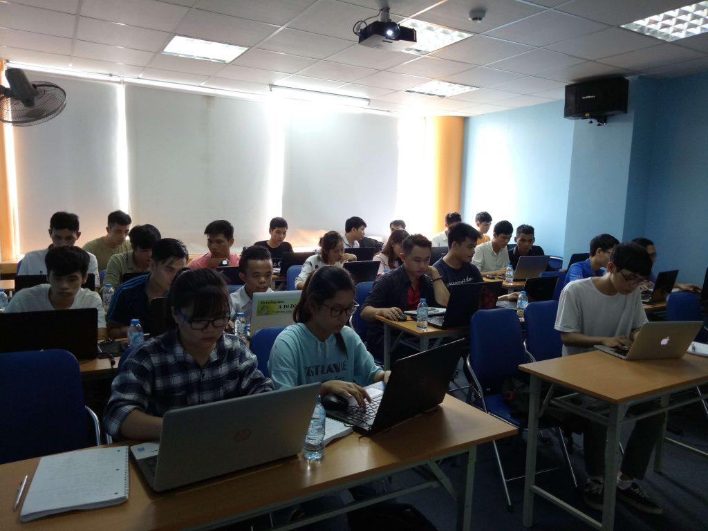 Giờ bài tập lớp Responsive Xây dựng website chạy trên đa thiết bị